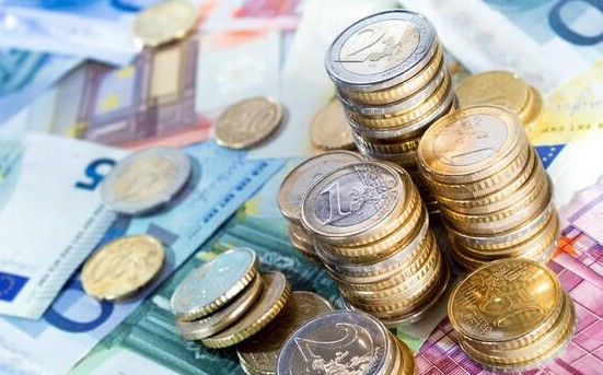 100元人民币重量是多少?一张百元的钞票重约1.15克